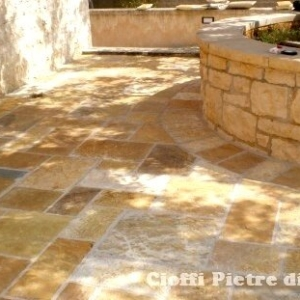 Pavimenti in pietra albanese