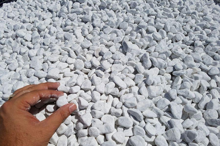 Ciottoli da giardino bianco carrara 4 buste da kg 25 for Ciottoli bianchi