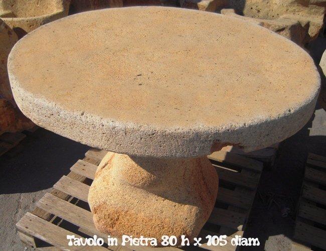 Tavoli in Pietra Naturale